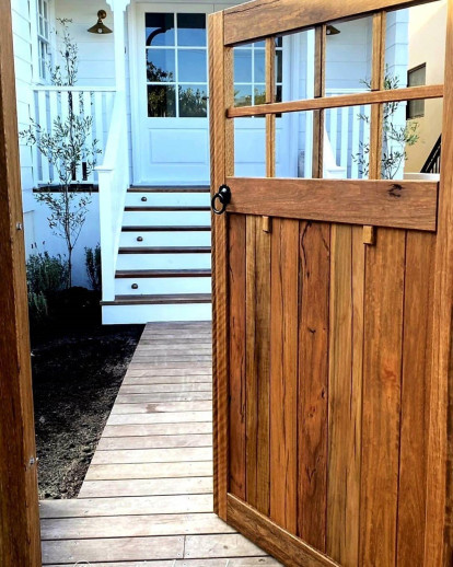 Barn Door Fittings and Finishes Business for Sale Edgeworth NSW