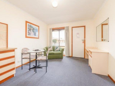 Bass & Flinders Motor Inn Business for Sale Tasmania